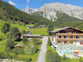 Hotel Pfeffermühle, hotel v Ramsau am Dachstein