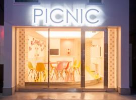 Picnic Hostel Osaka, hotel near Aeon Mall Osaka Dome City, Osaka
