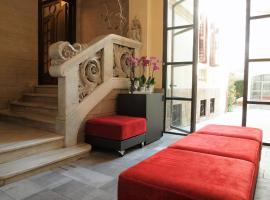 The Originals Boutique, Le Palacete (Relais du Silence)