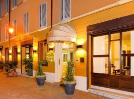 Hotel Al Cappello Rosso, hotel in zona Quadrilatero Bologna, Bologna
