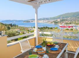 Saint George Villas & Apartments, hotel near Skiathos Castle, Skiathos