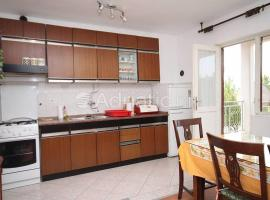 Rooms Rajna, apartment in Seline