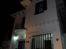 Laranja Mecânica Hostel & Pousada