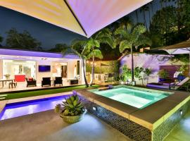 Hollywood Hills Sanctuary, hotel with jacuzzis in Los Angeles