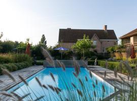 Country House Duinhof, pet-friendly hotel in De Haan