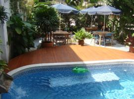 Casa Hotel Jardin Azul, hotel near Centro Para La Ciencia, Cali