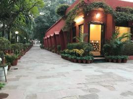 Hotel Sheela, 100m from Taj Mahal