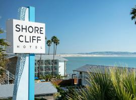 Shore Cliff Hotel, family hotel in Pismo Beach