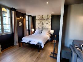 Val-Perriere Appart'hôtel, hotel in Arbois