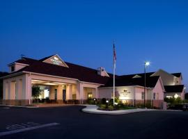 Homewood Suites by Hilton York, hotel with pools in York