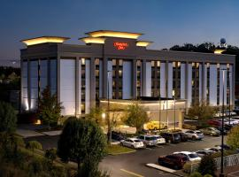 Hampton Inn Charleston Southridge
