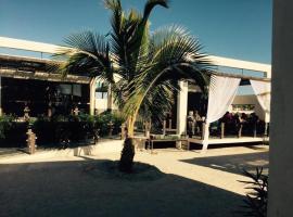 Hotel Mangrove Inn