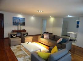 Luxury 3 Bedroom Apartment - Barra