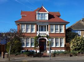 The Sandrock, hotel in Clacton-on-Sea
