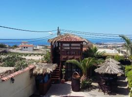 Casa Giuliana, pet-friendly hotel in Charco del Pino