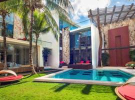Luxury Condo at Playa Mamitas