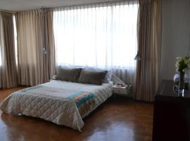 Hotel Maria Gracia, hotel near Liga Deportiva Universitaria Stadium, Quito