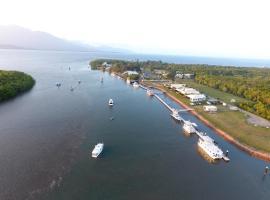 Lucinda Fishing Lodge