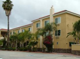 Holiday Inn Express - Anaheim West, hotel near Knott's Soak City, Anaheim