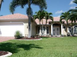 Villa Cape Florida, Ferienunterkunft in Cape Coral