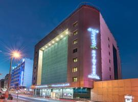 OYO 393 Al Wehda Hotel, hotel in Dubai