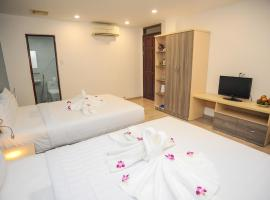 My Anh 120 Central Saigon Hotel Ben Thanh Market, khách sạn gần Chợ Bến Thành, TP. Hồ Chí Minh