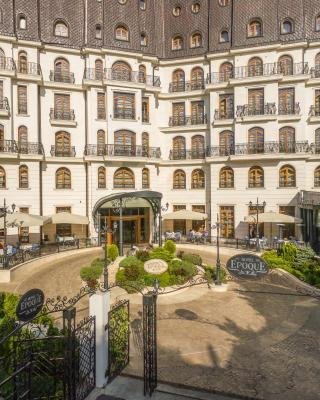 Epoque Hotel - Relais & Chateaux