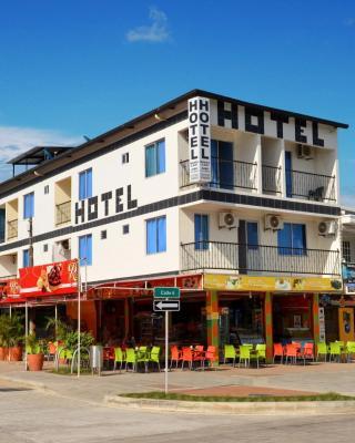 Hotel Bahía Cadi