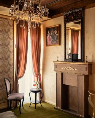 Belle Epoque Boutique (Adult Only)