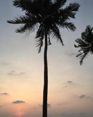 E-Beach Resort