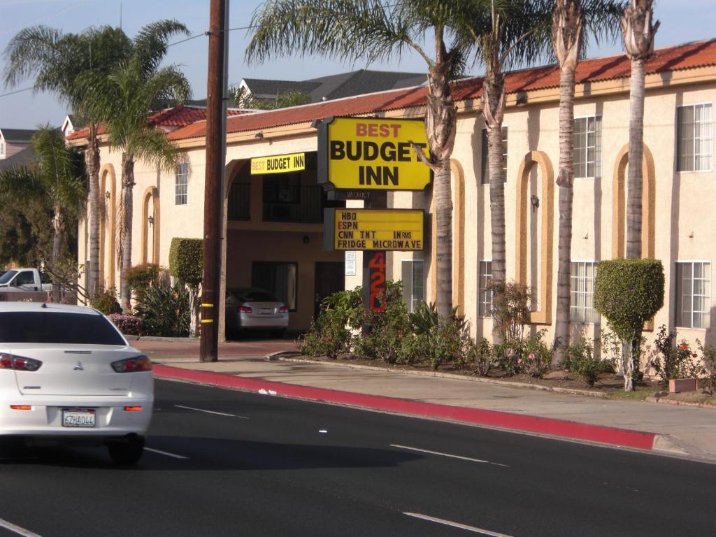 Best Budget Inn Anaheim.