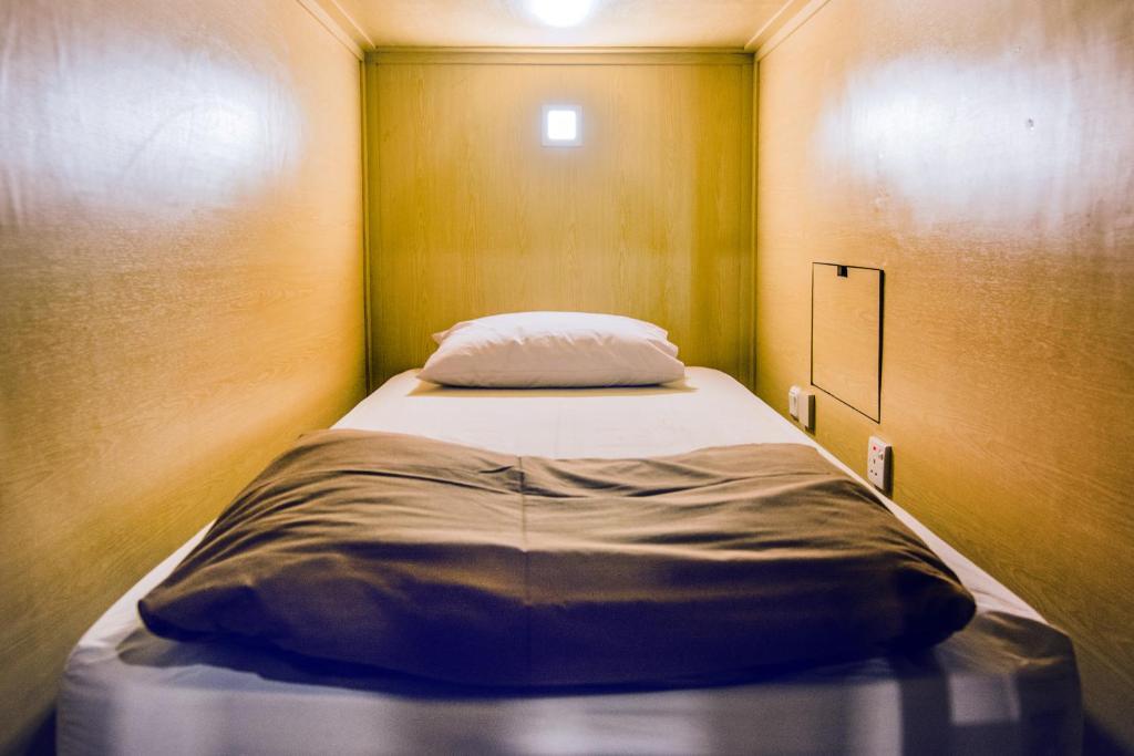 Кровать в общем номере для мужчин и женщин с 10 кроватями: фотография номер 4