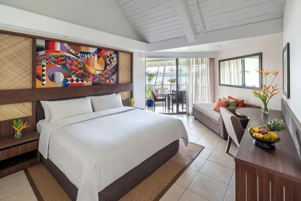 Fotografija jedinice 'Deluxe King Room with Lagoon View - Yanuca', broj 1