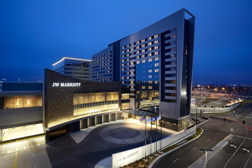 JW Marriott Minneapolis Mall of America.
