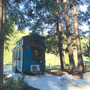 Leavenworth Camping Resort Tiny House Adeline