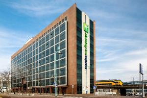 Holiday Inn Express Amsterdam - Sloterdijk Station