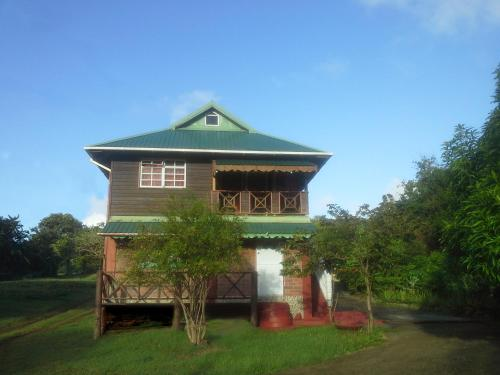 Seawind Cottage Authentic St.Lucian Accommodation near Plantation Beach