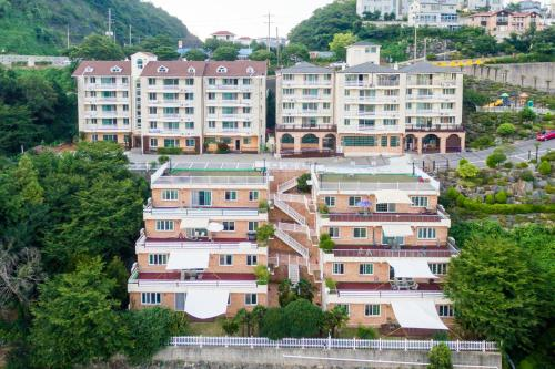Home Fourest Resort