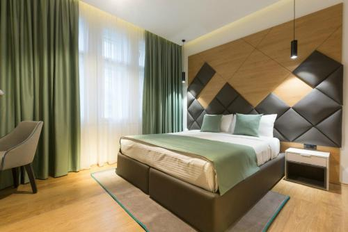 Capital Hotel Garni