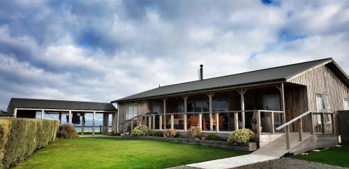 Luna Sea Lodge
