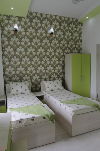 Doshan Hotel-Hostel