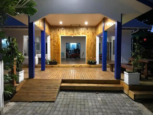 Ulalei Lodge