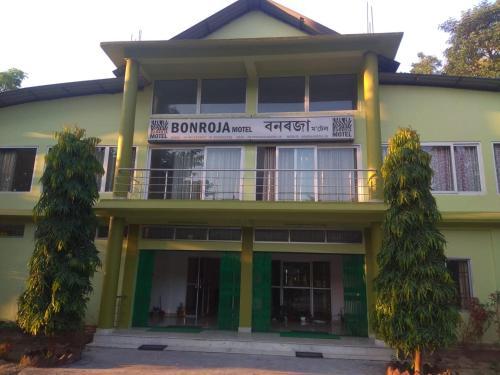 Bonraja Motel