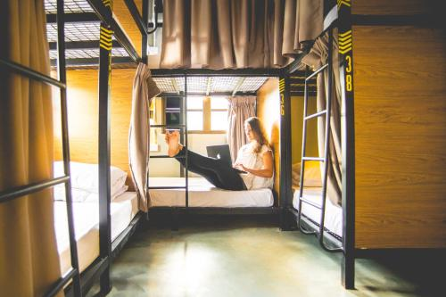 Traveller Bunker Hostel 1