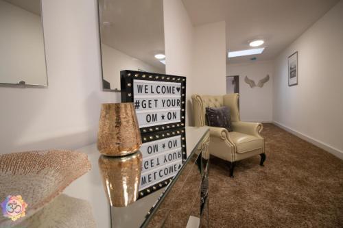Om Ormskirk apartment.