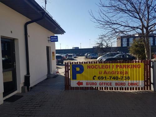 Noclegi i Parking u Andrzeja