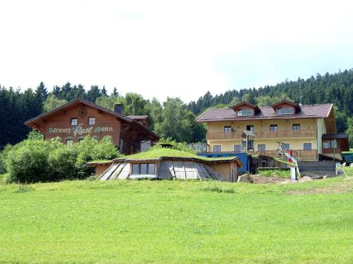 Erdhütte / Partyhütte / Bärwurz Reslhütte / Chalets