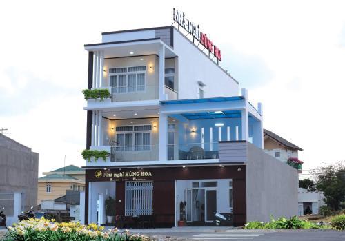 Nhà nghỉ Hùng Hoa