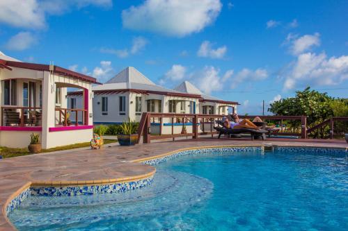 Four Diamonds Park Villas
