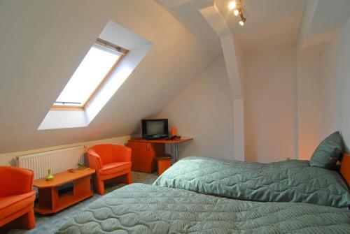 Attic private room